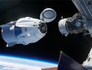 发射成功!马斯克再次改写历史,SpaceX 开启商业载人航天新时代!